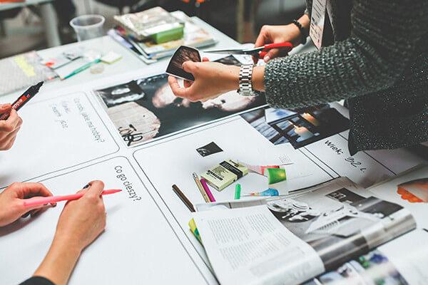 企画提案・デザイン制作・印刷から折込手配まで一括で請け負えるから、クオリティを維持し、経費も削減!